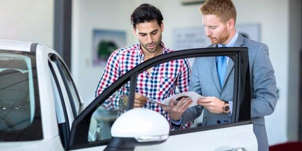 Lakukan Pengecekan Lebih Jauh Saat Membeli Mobil Bekas