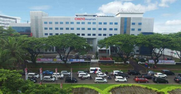 Gedung OMNI Hopitasl Alam Sutera Tangerang